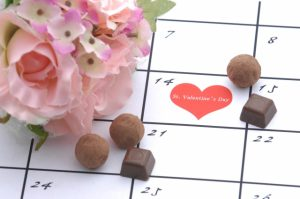 日本だけ?バレンタインに女性がチョコを贈る習慣のルーツを探る