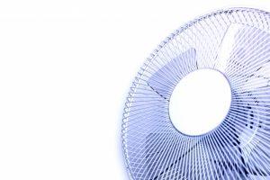 扇風機の効果的な使い方は?置き場所から風の当て方まで解説!