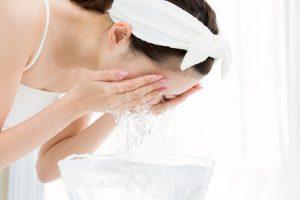 ダブル洗顔は不要って本当?メリット・デメリットを徹底検証!