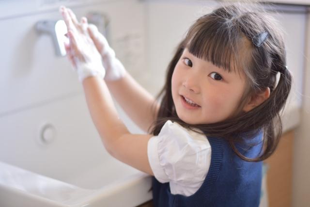 手洗いは水だけで大丈夫?効果を決めるのは洗い方と時間だった!